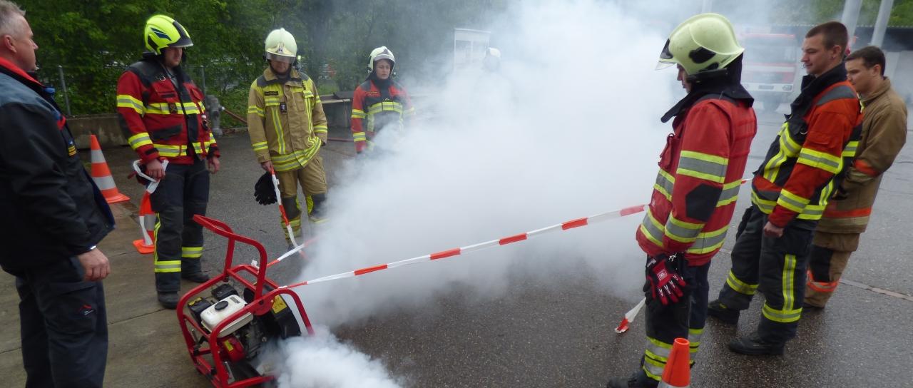 Nicht Schon Wieder Hofballett Feuerwehrubungen 1